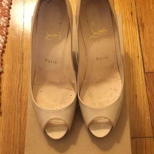 Christian Louboutin Mater Claude Patent Calf heels